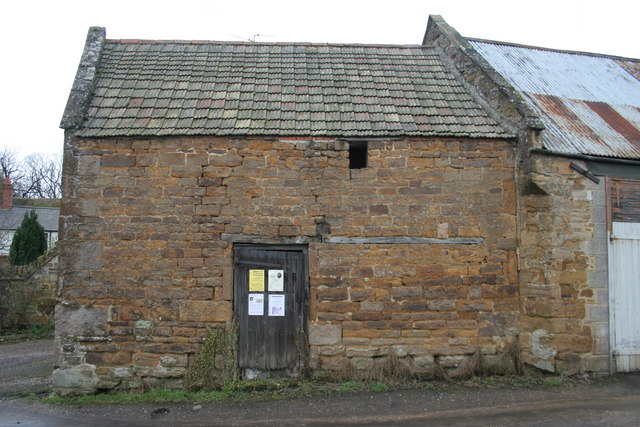 Building on end of burgage plot in Uppingham
