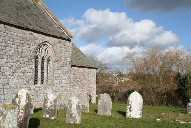 Clyst St Lawrence: the churchyard