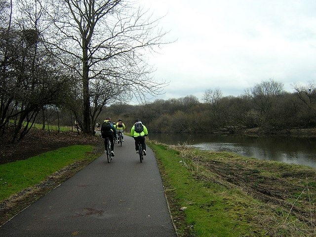 Cycling by the Clyde, Dalmarnock