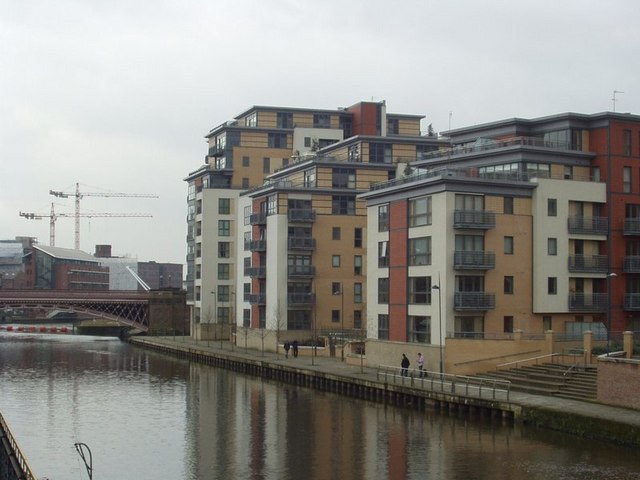 Crown Point Bridge and Brewery Wharf Apartments