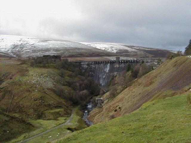 Grwyne Fawr Reservoir dam and river valley
