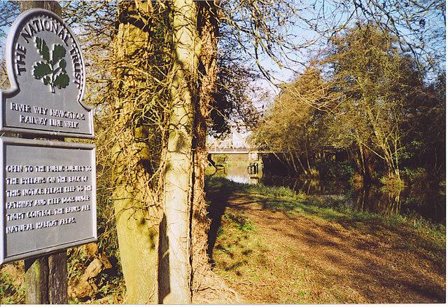 River Wey Navigations, Railway Line Walk.