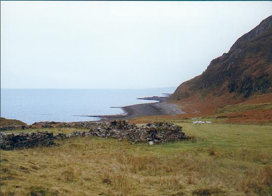 Ruined croft Boreraig, Skye