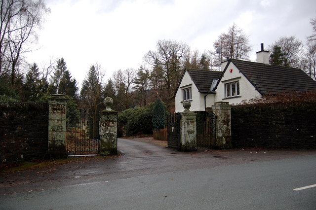 Gates and gatehouse to Greythwaite Hall