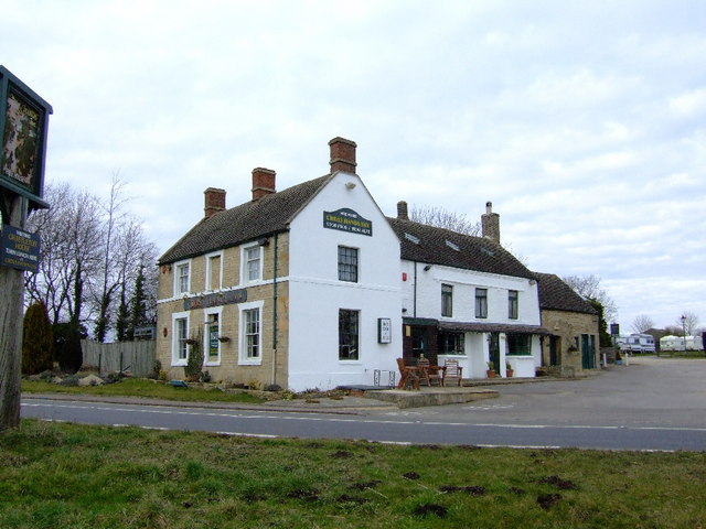 Cross Hands Inn, Chastleton