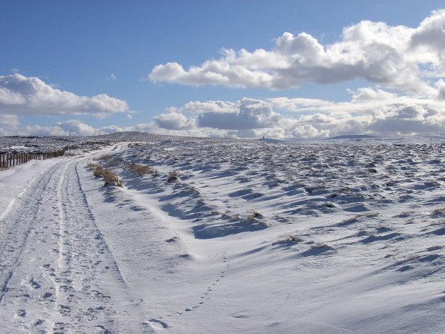 Pennine Way, approaching Pikeman Hill