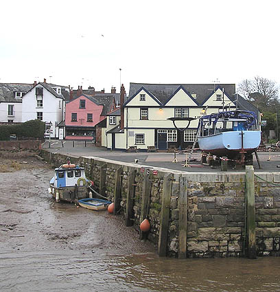 Topsham quay and the Lighter Inn