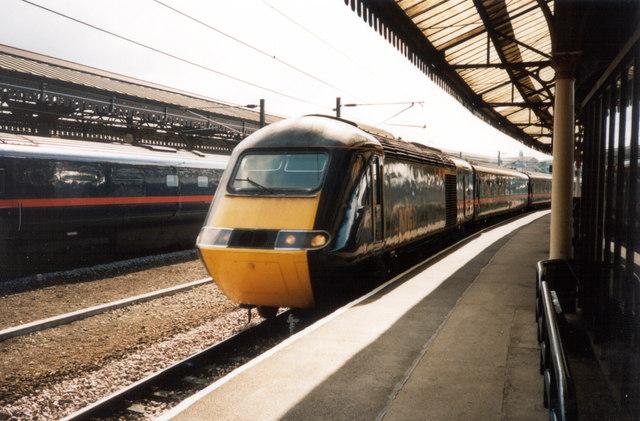 GNER 125 HST entering York Station bound for Inverness, 10th September 2003.