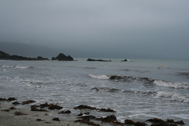 Looe: Pen Rocks, Looe Bay