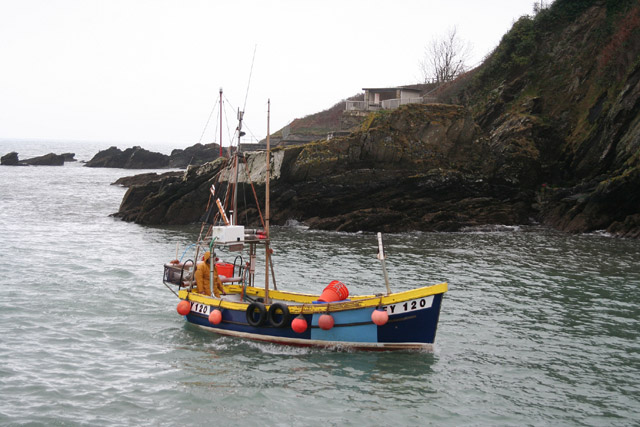 Looe: mouth of Looe River