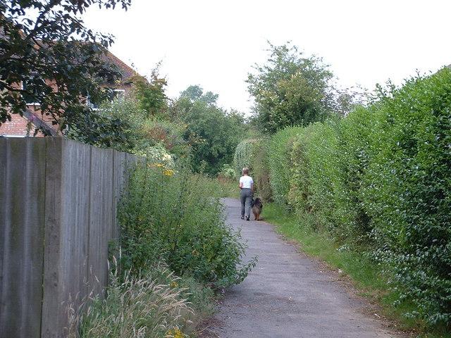 Walkway from Sandyhurst Lane, Ashford