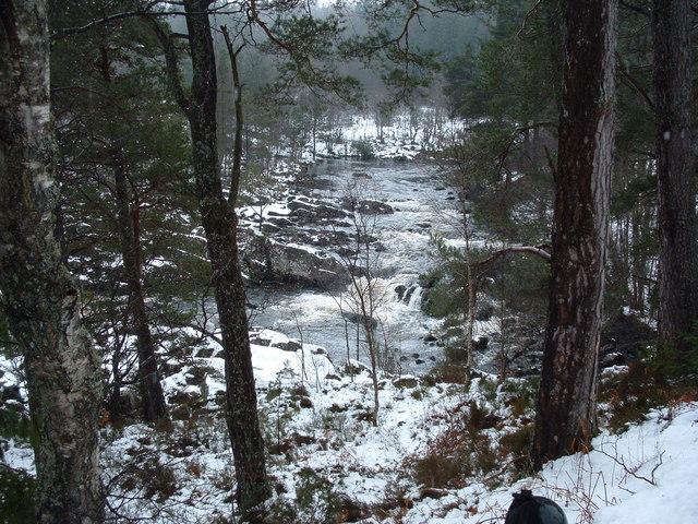 River Tummel by Tomanbuidhe