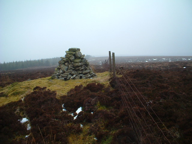 Cairn on Harting Rig