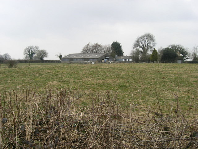 Tumulus and Three Tuns Farm