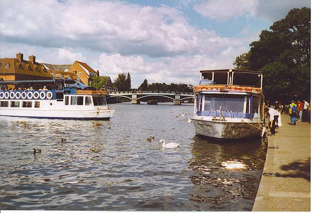 Pleasure Boats by Windsor & Eton Bridge.