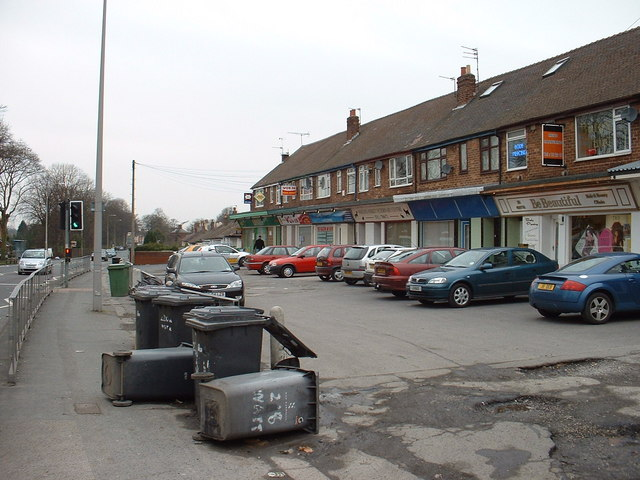 Untidy shops in Fulwood