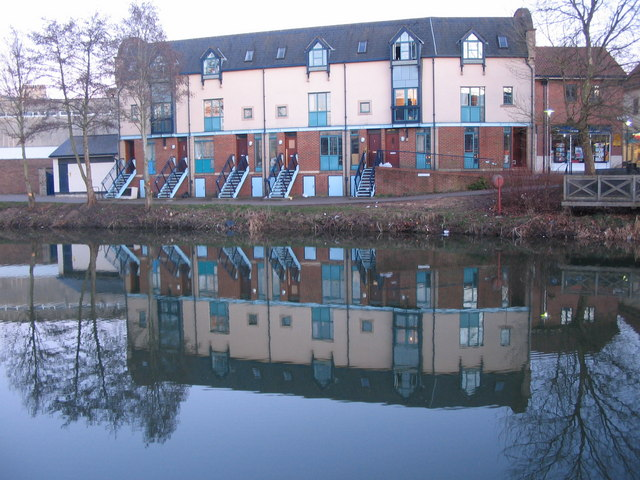 Apartments by the River Avon