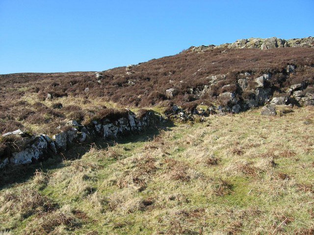 Old Wall near Galtrigill