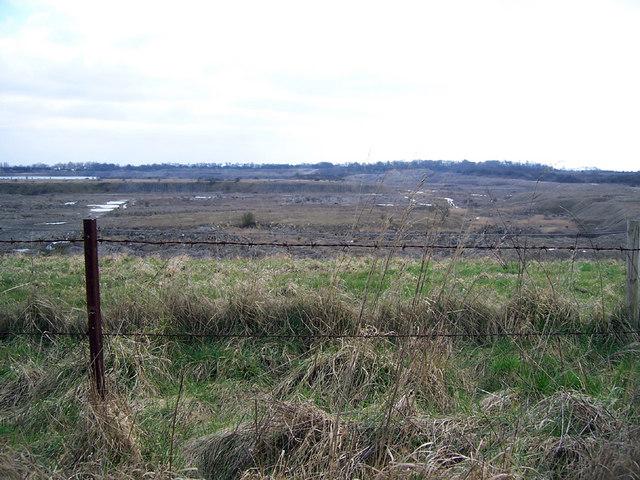 Disused Quarry near Manton