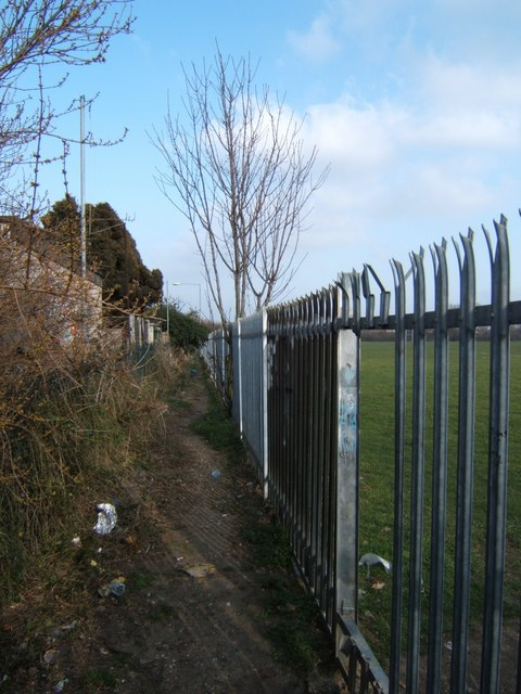 Footpath to Crow Lane
