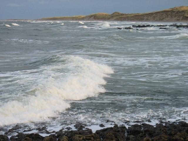 Breaking waves near Cheswick Beach