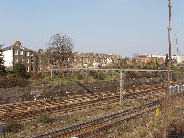 Railway at Acton, with York Road beyond