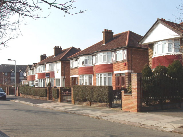 Friary Road, Acton, eastern end