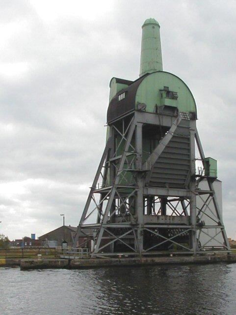 Coal hoist