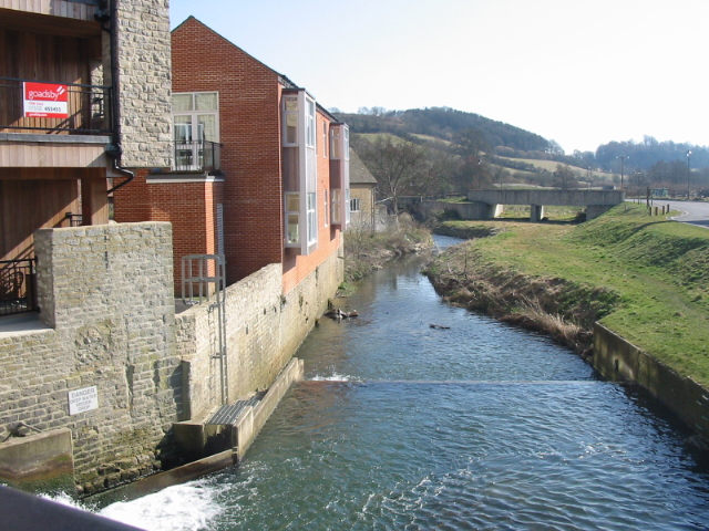 River and converted mill, Pymore