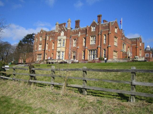 Latimer House 169 Nigel Cox Cc By Sa 2 0 Geograph Britain