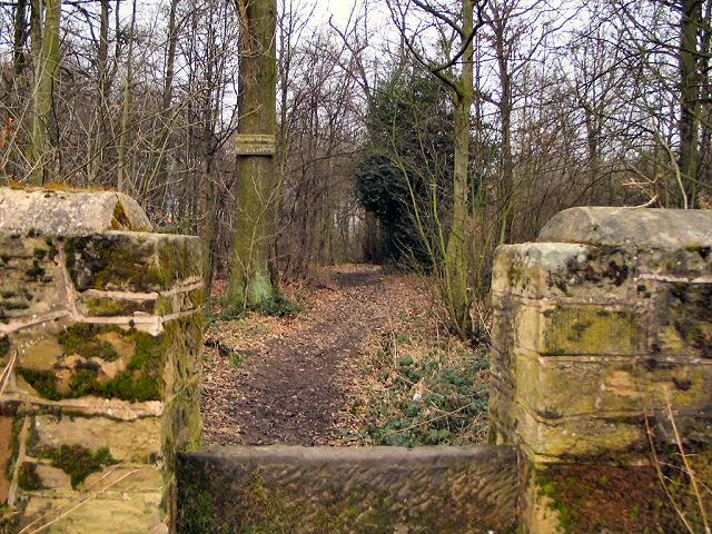 Stile into Rockingham Wood