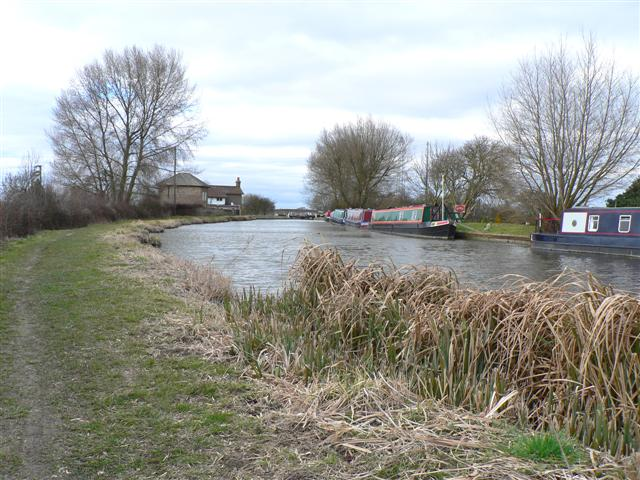 View towards Ivinghoe Locks