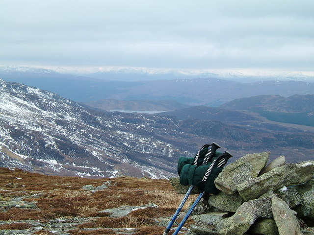 Cairn on high (728m) point.
