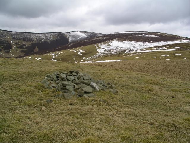 Cairn, Cavarra Hill