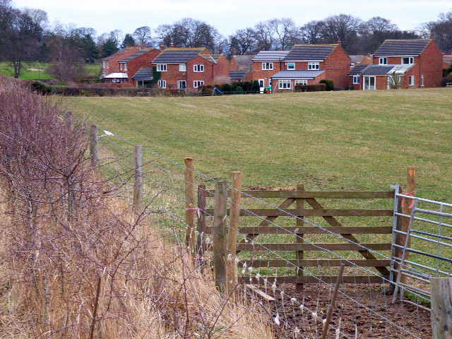 Housing estate on the western edge of Bedale