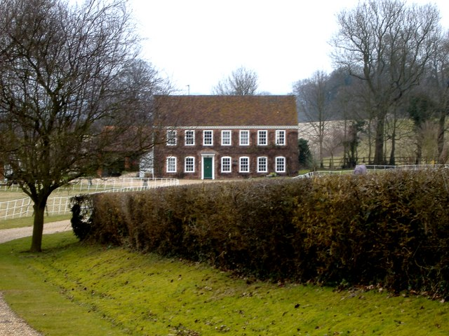 Fine Farmhouse near Drayton Manor, Tring