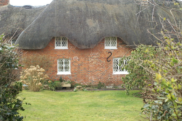 Thatched cottage, Ladwell