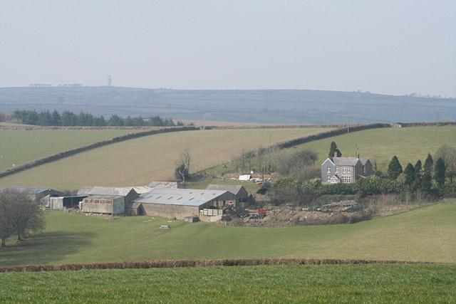 Duloe: Colhender Farm