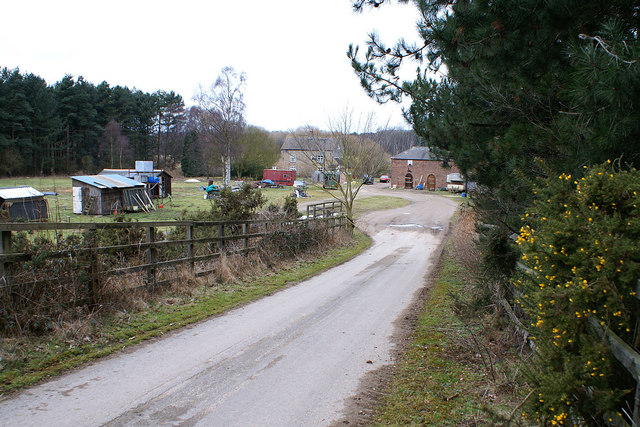 Lodge and Game Bird Pens at Wrawby Moor