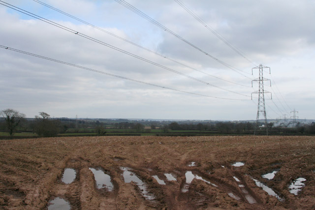 Cullompton: overhead power line near Langford