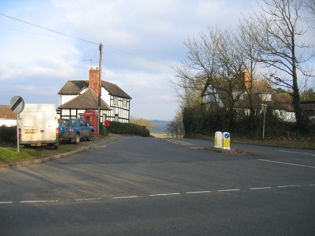 Road to Alcester