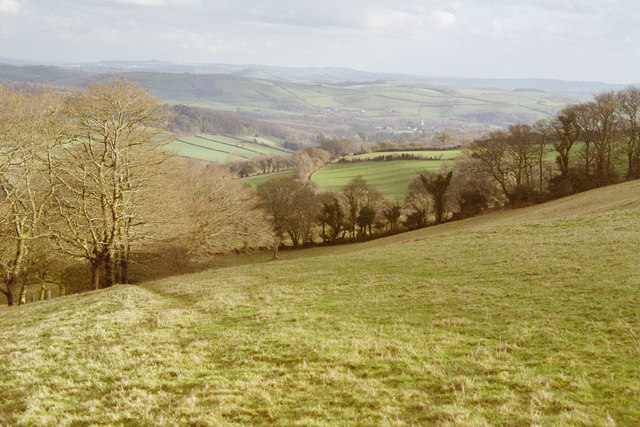 Two Moors Way above Combe