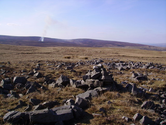 Cairn Austwick Common