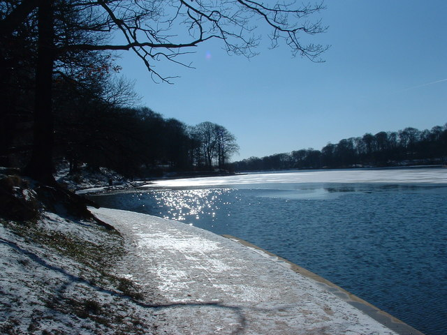 Roundhay Park Lake in winter