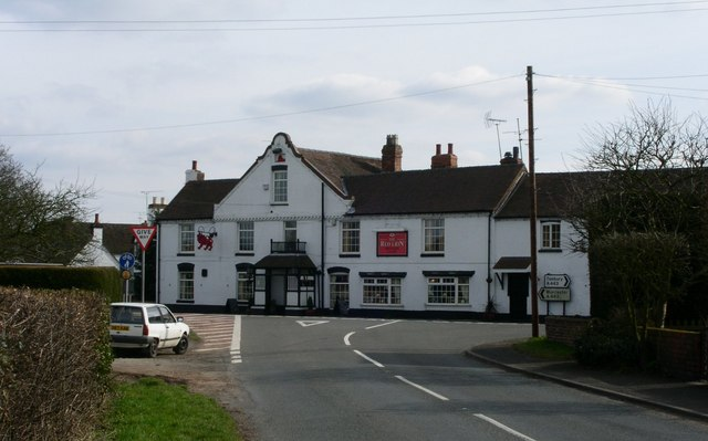 The Red Lion at Holt Heath