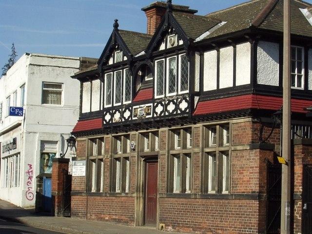 No 8 North Lane, Headingley