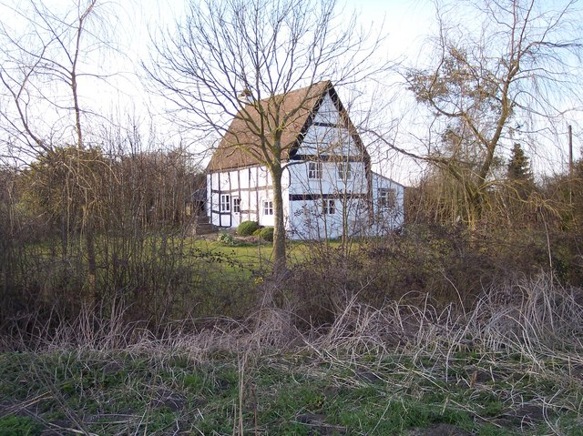 Timber Framed Cottage near Hampton Farm