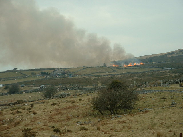 Heather burning on Mynydd y Cilgwyn