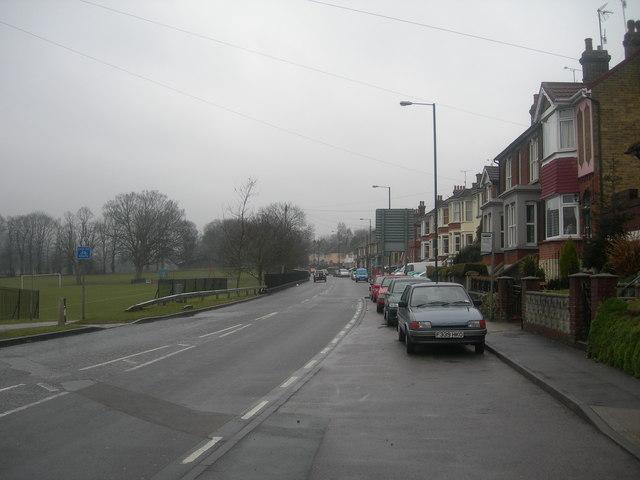 Capstone Road, Luton