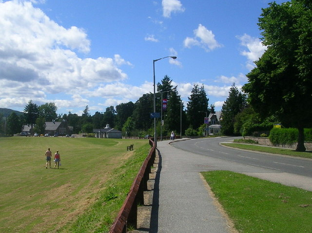 North Deeside Road and Aboyne Village Green